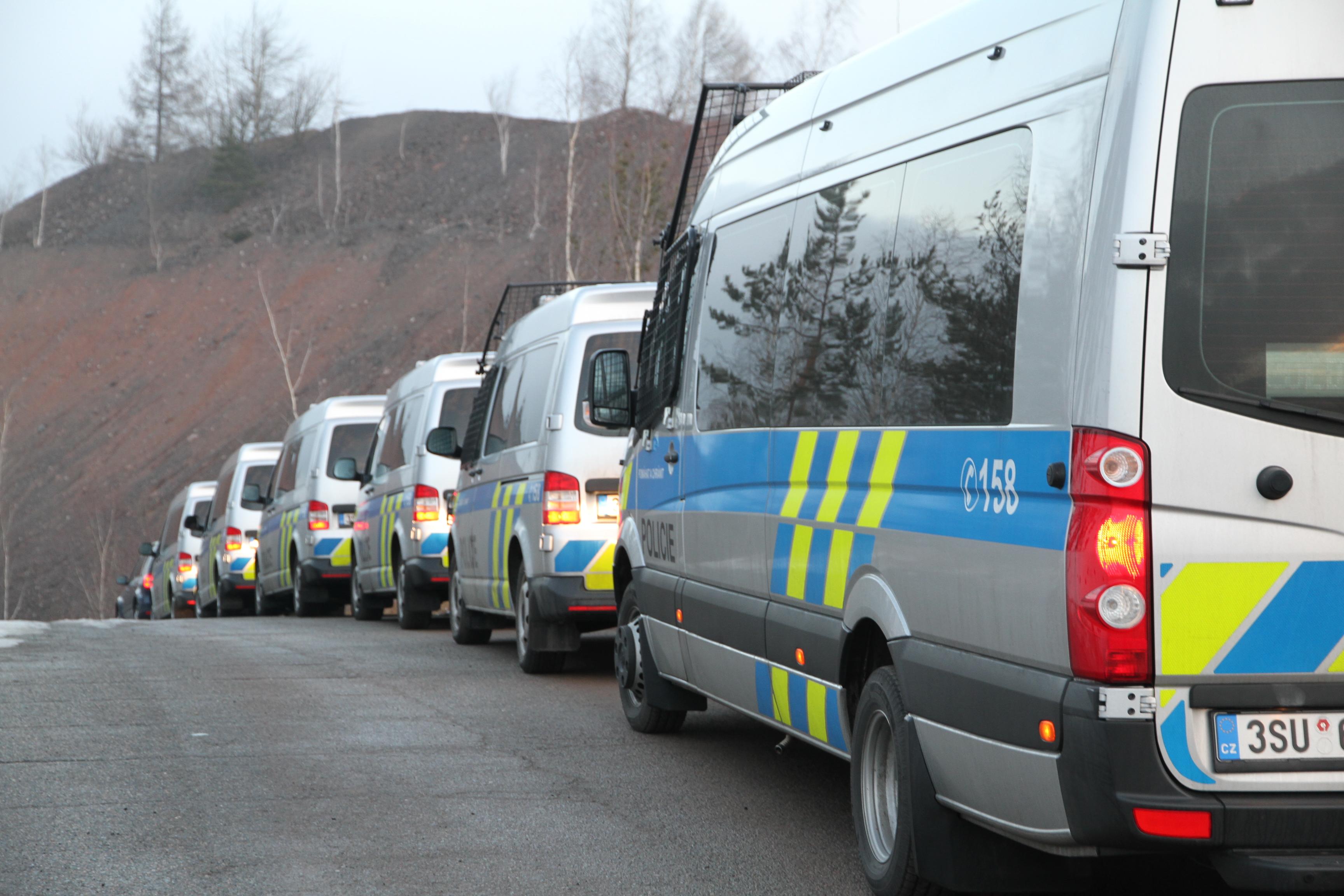 Policejní razie ve věznici Bytíz  I  foto: archiv P ČR