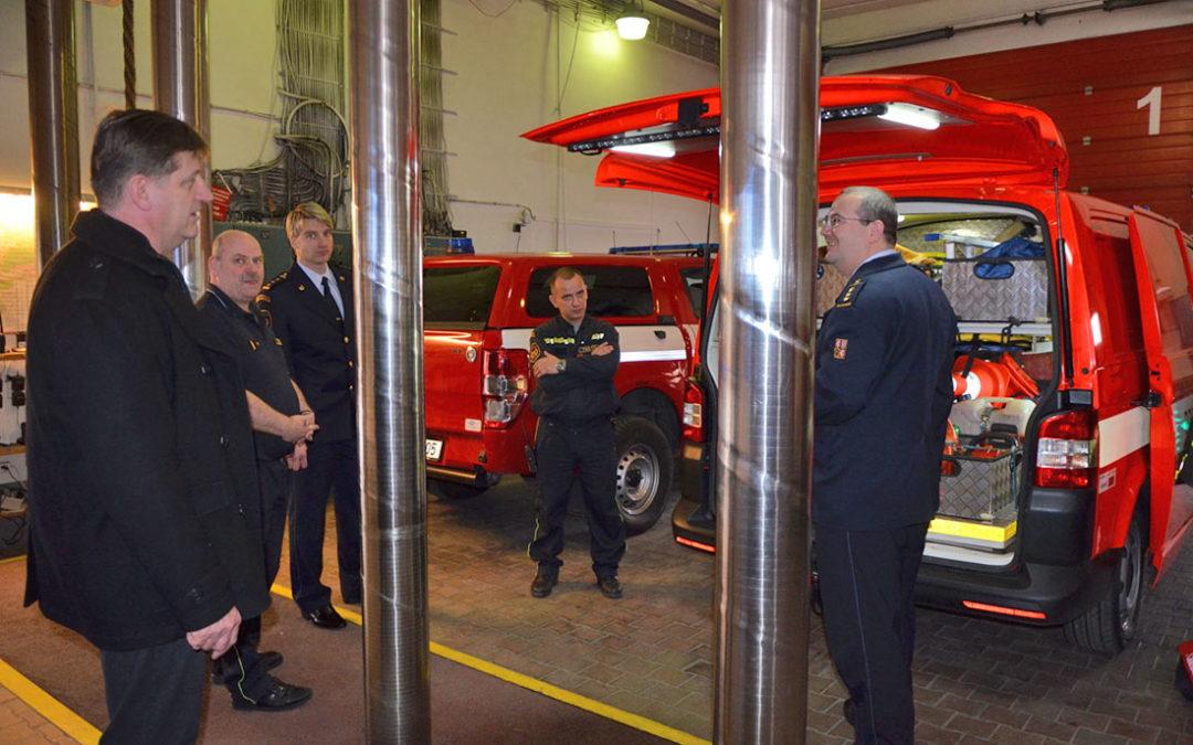 Dobříšští hasiči získali finanční dar na novou techniku od Svazku obcí Dobříšska a Novoknínska