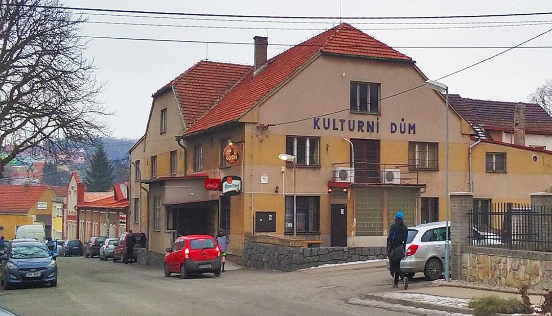 Obec Stará Huť uvažuje o odkupu zdejšího kulturního domu