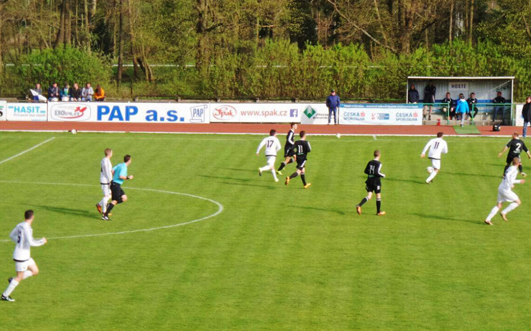 Dobříšští fotbalisté v divizi zvítězili potřetí za sebou