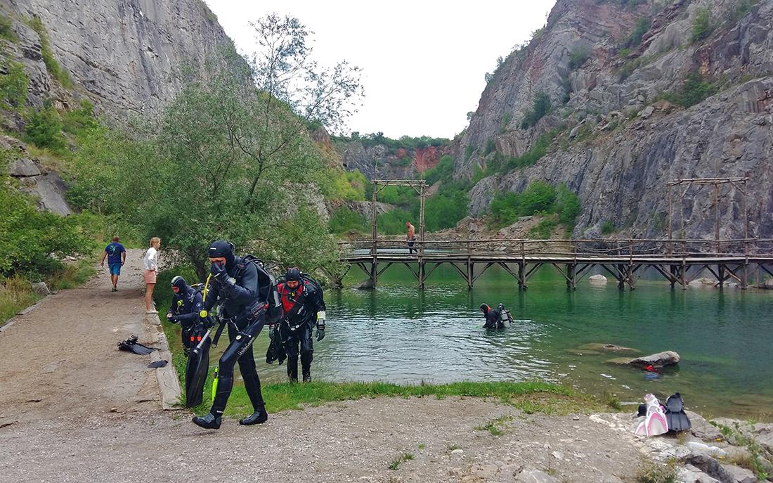 Honza Šafr se potápí na nejrůznějších místech  I  foro: archiv HŠ