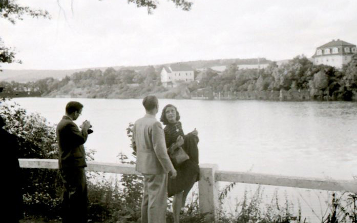 Fotografie Bartošovy vily cca z roku 1940, focená z hráze rybníka Koryto  I  foto: archiv města Dobříše