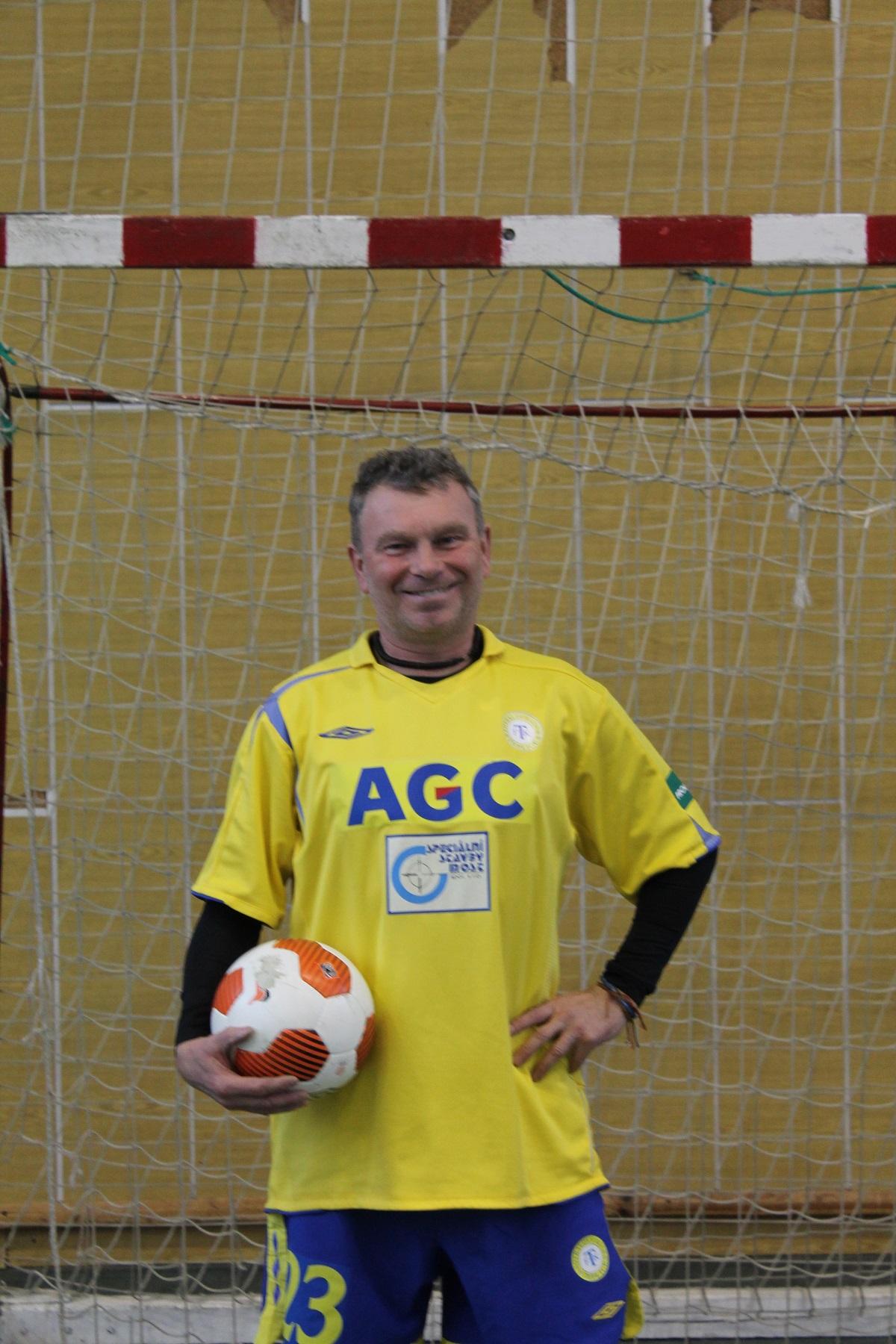 Nejstarší hráč turnaje Pavel Černý SK Nový Knín  I  foto: Jiří Krákora