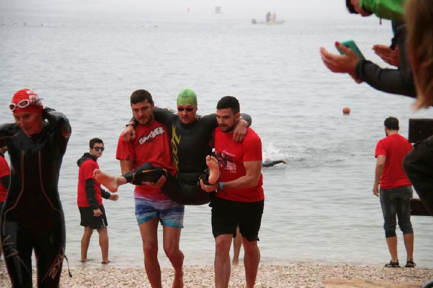Žraloků se nebál  I  foto: HT