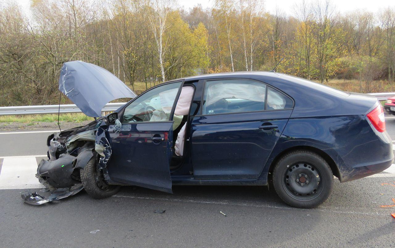 Nehoda ze dne 2. listopadu v Příbrami. Během nehody došlo k, lehkému zranění, škoda byla vyčíslena na 200 tisíc
